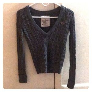 Hollister gray cropped sweater